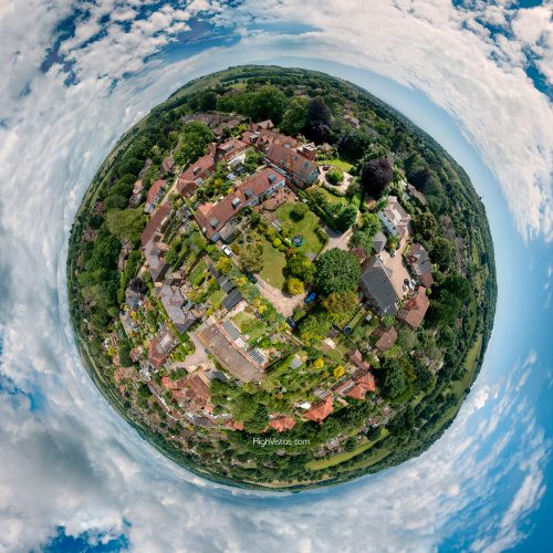 LITTLE PLANET FINDON